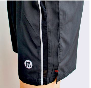 willy b short black